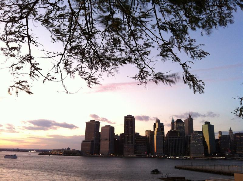 Dusk at the Brooklyn Heights promenade