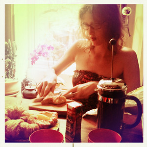 Melissa cooking me my first Brooklyn Breakfast