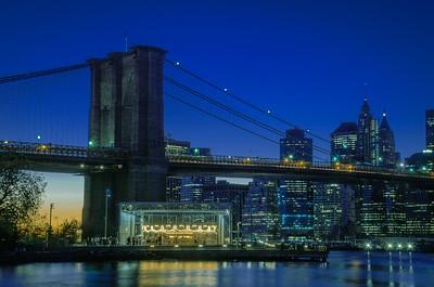 Brooklyn Bridge - Jane's Carousel - DUMBO