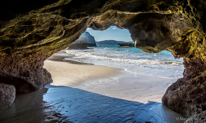 Cathedral Cove - beaches on both sides of the arch