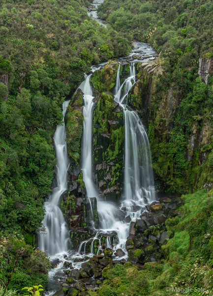 A lovely waterfall on the road from Taupo to Napier. View from lookout but the falls were a distance away.