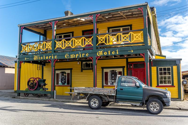 Old coaching inn in Ross