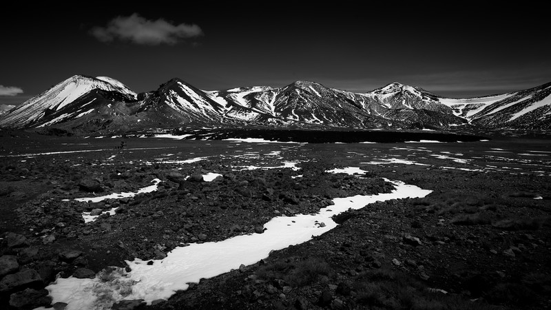 Tongariro Alpine Crossing BW