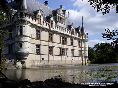 Chateau in Azay Le Rideau, France © 2002 Colleen M. Griffith. All Rights Reserved.  This material may not be published, broadcast, modified, or redistributed without written agreement with the creator.  This image is registered with the US Copyright Office.