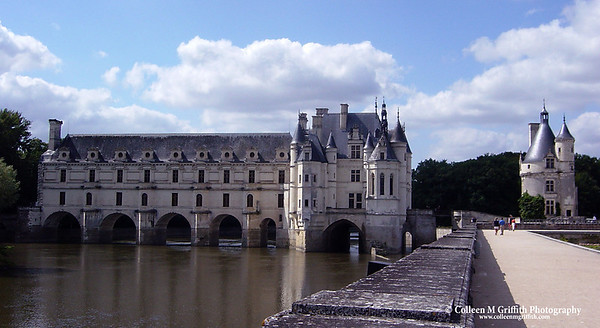 Chenonceaux Castle in the Loire Valley, France © 2002 Colleen M. Griffith. All Rights Reserved.  This material may not be published, broadcast, modified, or redistributed without written agreement with the creator.  This image is registered with the US Copyright Office.