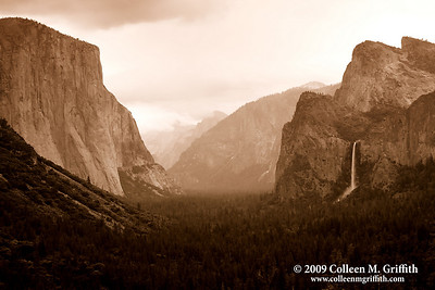 Timeless © 2009 Colleen M. Griffith. All Rights Reserved.  This material may not be published, broadcast, modified, or redistributed in any way without written agreement with the creator.  This image is registered with the US Copyright Office. www.colleenmgriffith.com www.facebook.com/colleen.griffith  Yosemite Valley, California