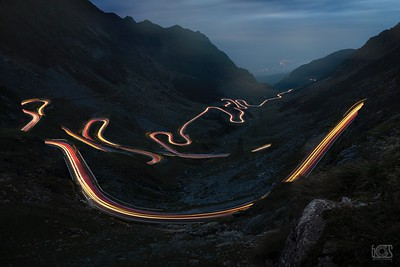 Transfăgărășan road at night
