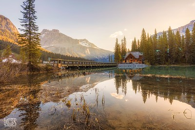 A morning at Emerald Lake