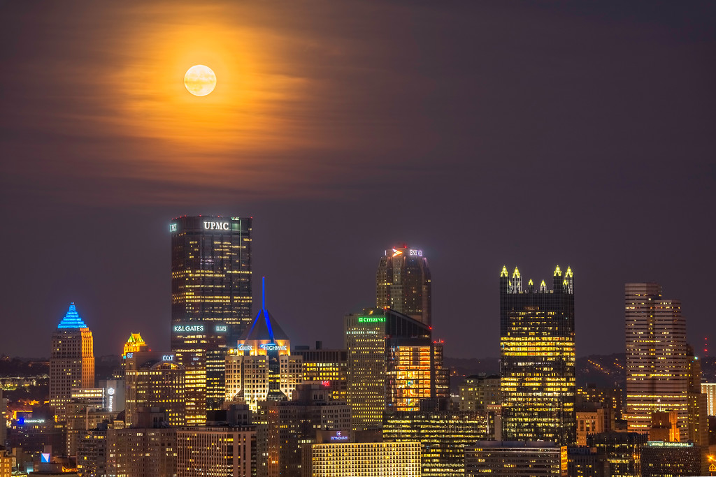 """""""Harvest Moon"""" - Pittsburgh, West End   Recommended Print sizes*:  4x6  