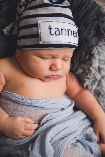 TannerNewborn-23