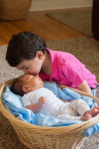 Newborn & Toddler
