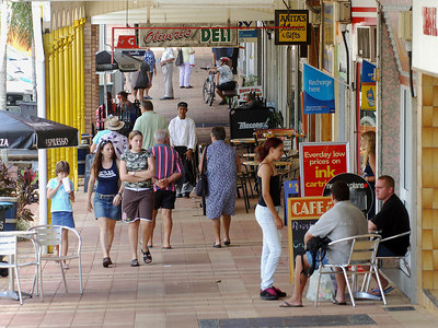 28 MAR 2006 INNISFAIL, QLD - The town of Innisfail is starting to return to normal a week after Larry's onslaught.  Edith St. - PHOTO: CAMERON LAIRD (Ph: 0418238811)