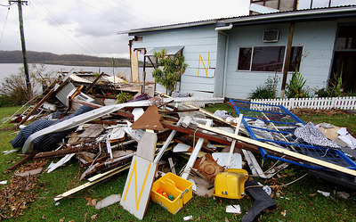 27 MAR 2006 INNISFAIL, QLD - A condemned house due for demolition on a hill above Flying Fish Point - PHOTO: CAMERON LAIRD (Ph: 0418238811)