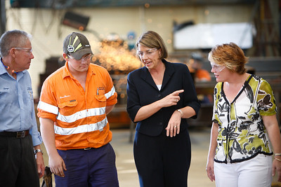 24 February 2009 Townsville, Qld - Queensland premier Anna Bligh visits Townsville firm Pacific Coast Engineering on the first day of campaigning ahead of the March 21 election.  Pictured with PCE owner George Clarke, supervising fitter Dean Frendon and Townsville candidate Mandy Johnstone - Photo: Cameron Laird (Ph: 0418 238811)