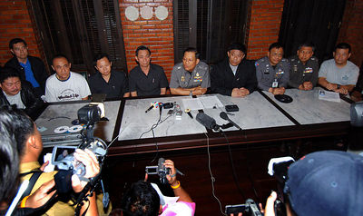 KOH SAMUI, THAILAND / 09 JAN 2006 - Murder of British backpacker Katherine Horton in Koh Samui, Thailand.  Thai police media conference after they charged two Thai men with Katherine's murder - PHOTO: CAMERON LAIRD