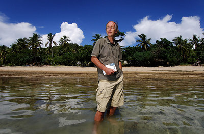"15 APR 2006 VOROVORO ISLAND, FIJI - Daily Mail writer Richard Shears on Vorovoro, the first westerner to arrive after the island was chosen as the setting for a new ""eco-tribe"" - PHOTO: CAMERON LAIRD (Ph: +61 418238811)"