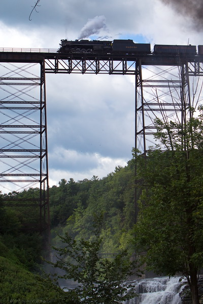 Nickel Plate 765 crossing the train trestle at Letworth State Park