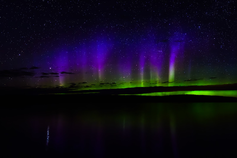 Aurora over Lake Ottawa 01