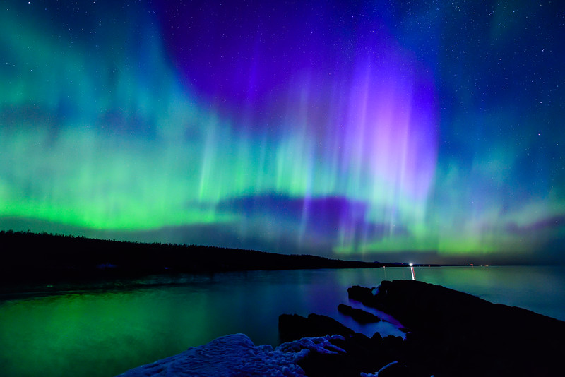 Aurora over Minnesota's North Shore 02