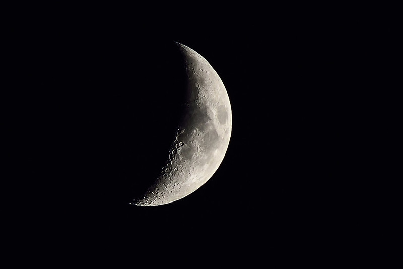 Waxing crescent Moon 01