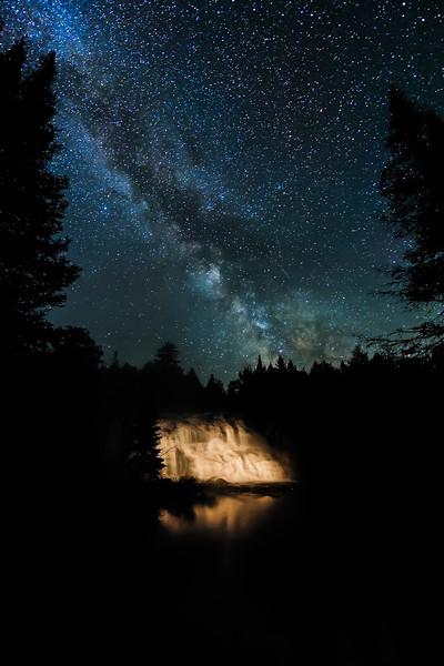 Milky Way over Bond Falls 02