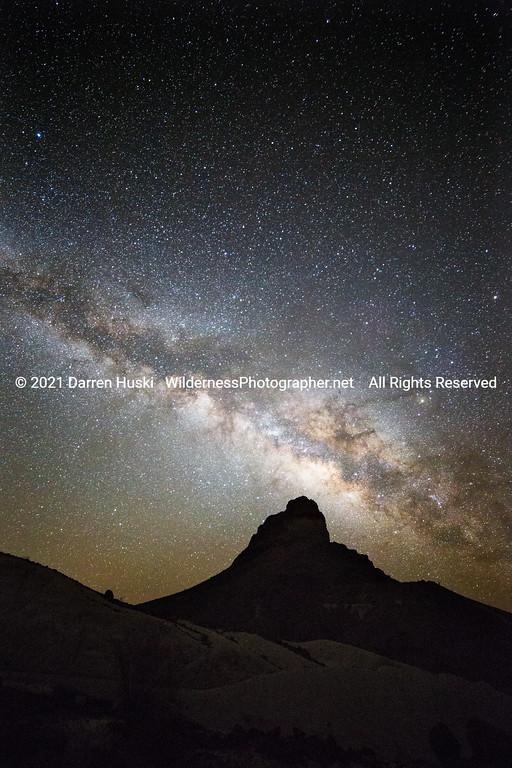 Light over Cerro Castellan