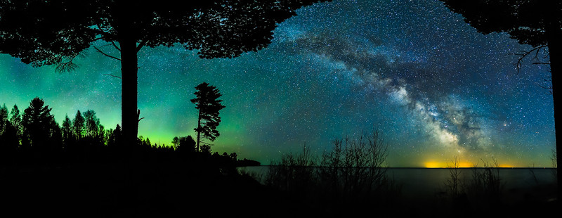 Milky Way and Aurora over Keweenaw Bay 01