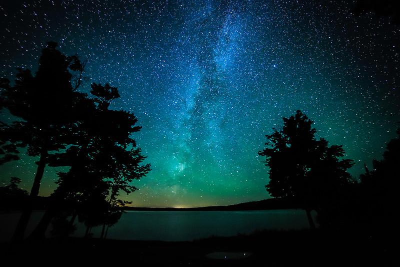 Milky Way over Lake Ottawa 02