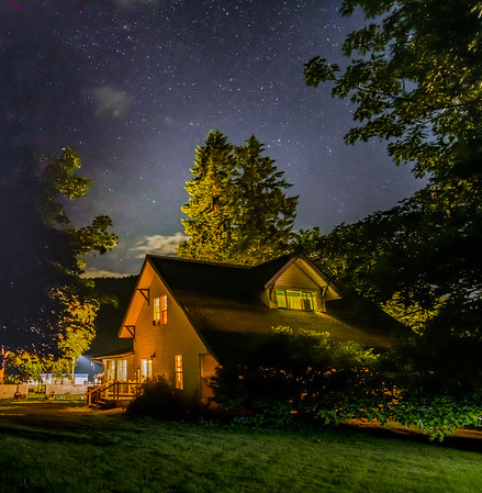 Starry Farmhouse