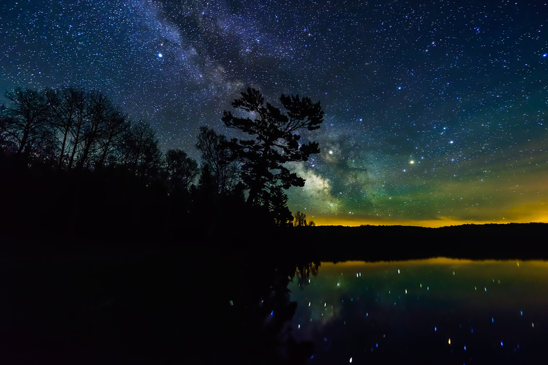 Milky Way over Lake Ottawa 04