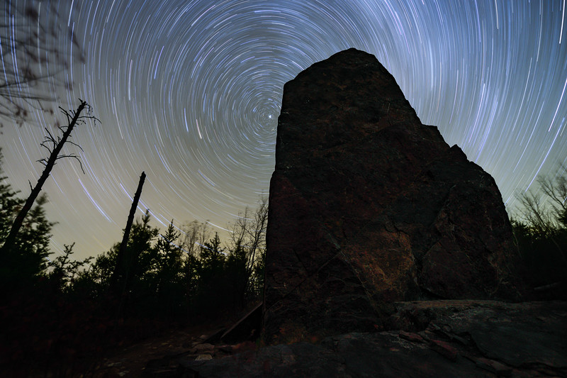 Star trails over Magnetic Rock 01