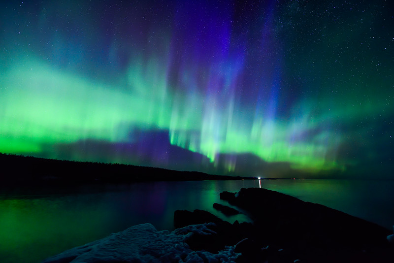 Aurora over Minnesota's North Shore 04