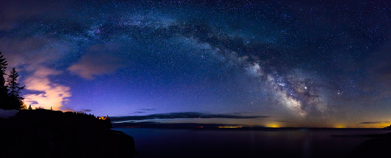 Milky Way over Split Rock Lighthouse 02