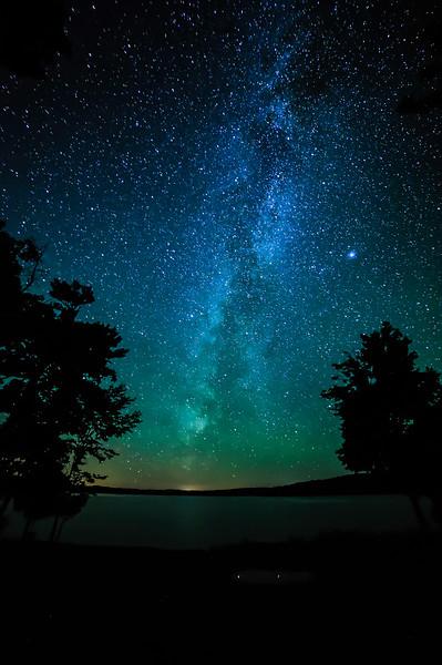 Milky Way over Lake Ottawa 01