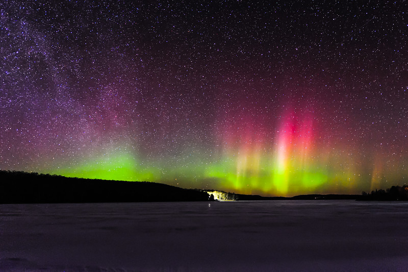 Aurora over Smokey Lake 05