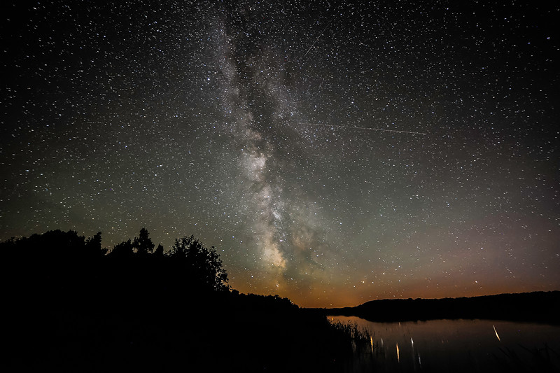 Milky Way over Sucker Lake 01