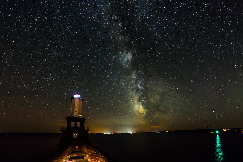 Milky Way and meteor over Keweenaw Waterway Entry Light 03