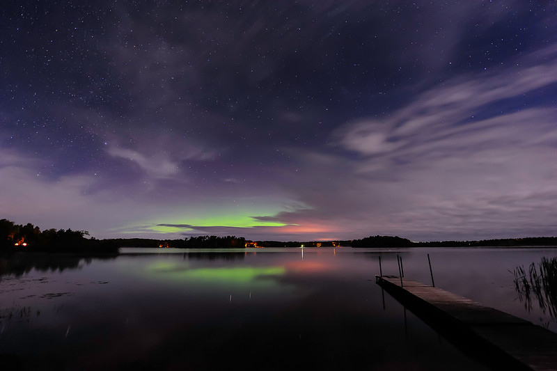 Aurora glow over Pioneer Lake 01