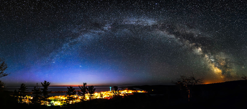 Milky Way over Copper Harbor near dawn
