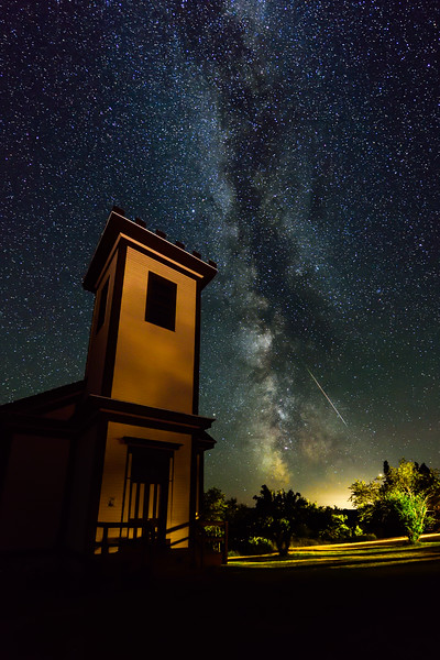 Milky Way and meteor over Central Mine Methodist Church 01