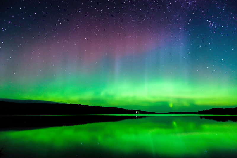 Aurora over Smokey Lake 03