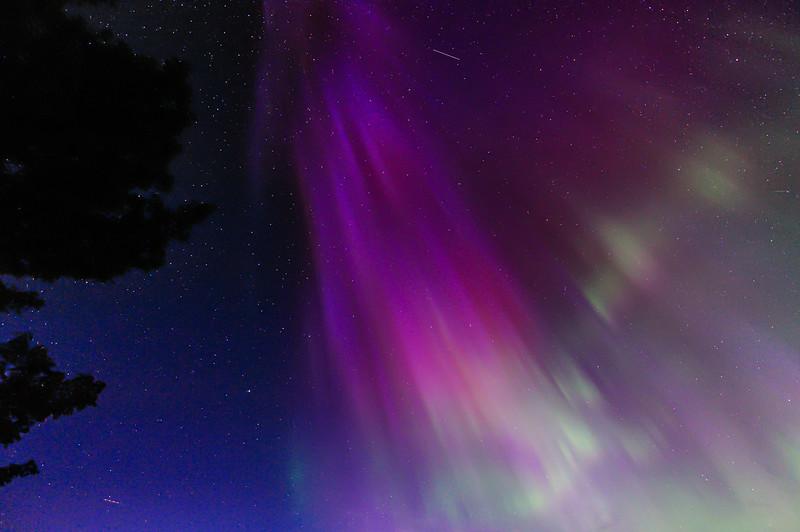 Aurora overhead 01