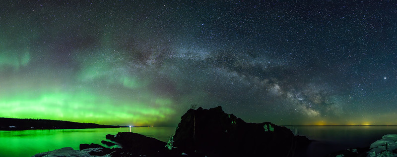 Aurora and Milky Way over Minnesota's North Shore 01