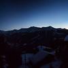 Panorama nocturne depuis Chandolin.<br /> Cherchez le Cervin !