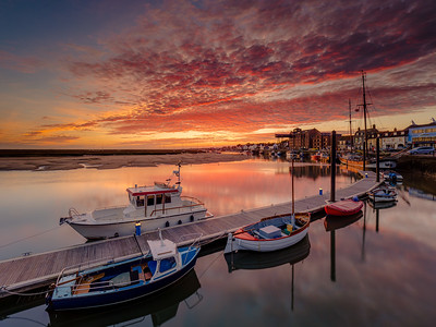 Sunrise over Wells Harbour