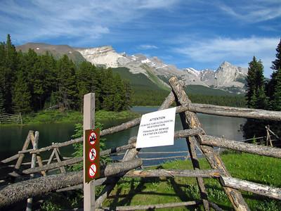 Medicine Lake, Jasper National Park (4)