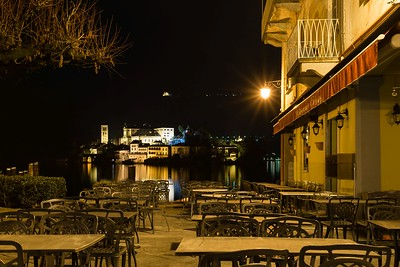 Orta square at night