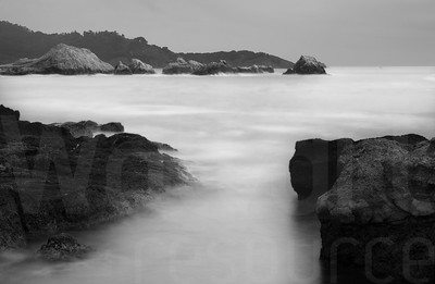 Rocky Shore 009 | Wall Art Resource