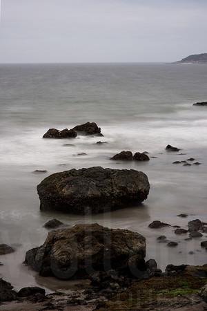 Rocky Shore 005 | Wall Art Resource