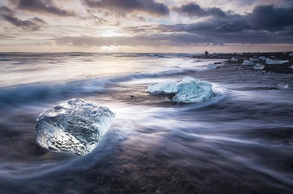 Washed up, Jokulsarlon, Iceland